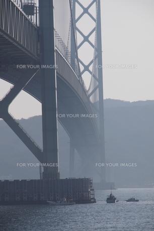 橋桁の漁場の写真素材 [FYI00140836]