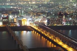 大阪上空夜景の写真素材 [FYI00140840]