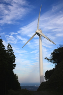 青空と風車の素材 [FYI00141032]
