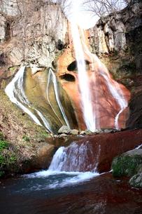 異形の滝の写真素材 [FYI00141092]