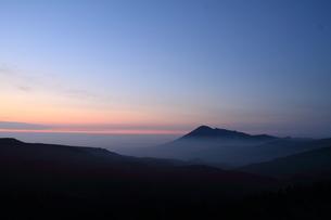 雲海と岩手山の写真素材 [FYI00142109]
