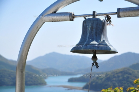 幸せの鐘の写真素材 [FYI00142274]