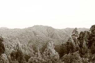 セピア色の山々の素材 [FYI00142461]