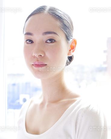 健康的な女性のポートレイトの写真素材 [FYI00143158]