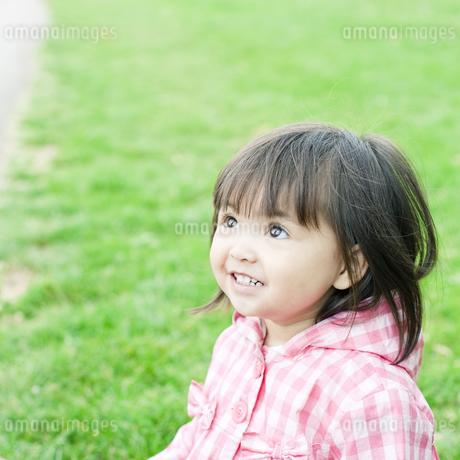 笑顔の可愛いハーフの少女の素材 [FYI00143167]