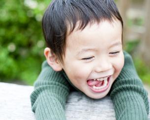 笑顔の男の子の素材 [FYI00143222]