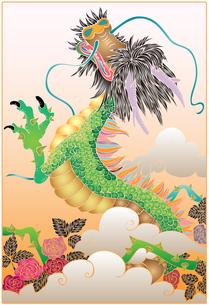 いばらの雲を抜けて登る龍の写真素材 [FYI00144872]