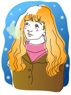雪の夜と茶色い上着の女性の写真素材 [FYI00144873]