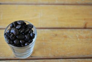 コーヒー豆の写真素材 [FYI00144922]