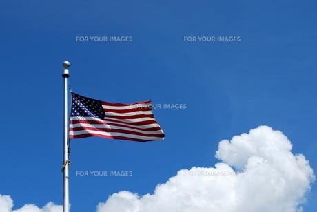 翻る星条旗の写真素材 [FYI00145118]