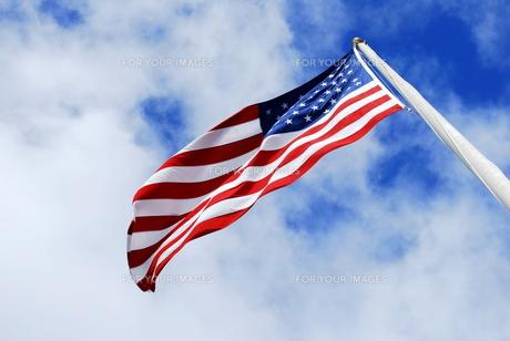 なびく星条旗 in アメリカの写真素材 [FYI00145135]