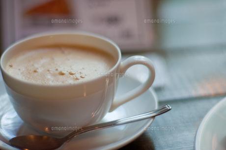 カフェでゆったりと珈琲をの写真素材 [FYI00145162]