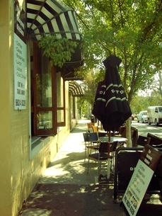 オープンカフェの写真素材 [FYI00145647]