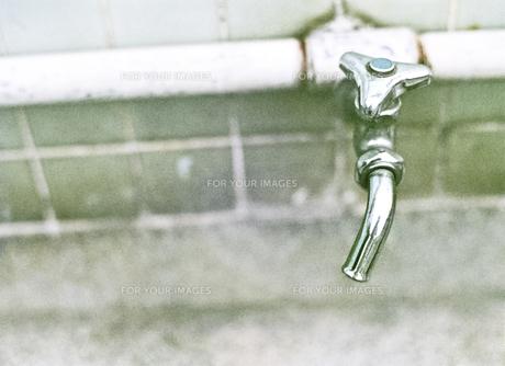 校庭の水道の素材 [FYI00146614]