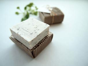 手作りオリーブ石鹸の写真素材 [FYI00146626]