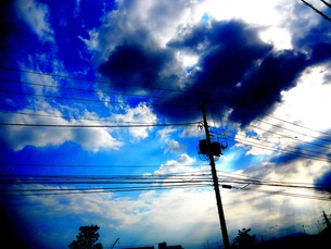 電線と空の写真素材 [FYI00146829]