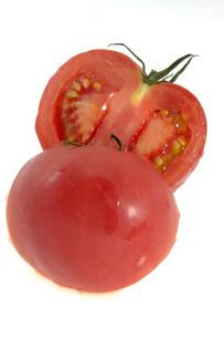 スライスしたトマトの写真素材 [FYI00147098]