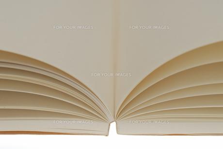 白紙の本の写真素材 [FYI00147404]