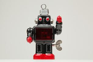 ブリキのロボット正面 左手挙手の素材 [FYI00147543]
