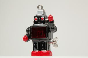 ブリキのロボット斜め正面 左手挙手の素材 [FYI00147548]