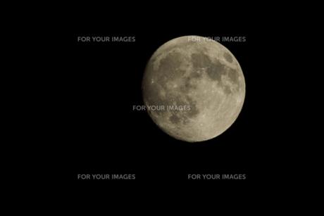 月〜満月の写真素材 [FYI00149871]