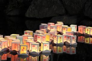 灯篭流しの素材 [FYI00150068]