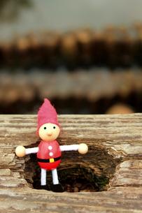 木の人形の写真素材 [FYI00150088]