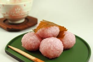一口桜餅の写真素材 [FYI00150099]