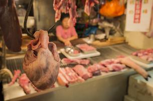 豚の心臓の写真素材 [FYI00150245]