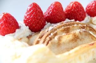 イチゴのパイの写真素材 [FYI00151093]
