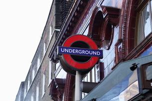 ロンドン 地下鉄表示の写真素材 [FYI00151322]
