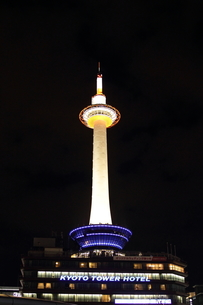 京都タワーの写真素材 [FYI00151394]