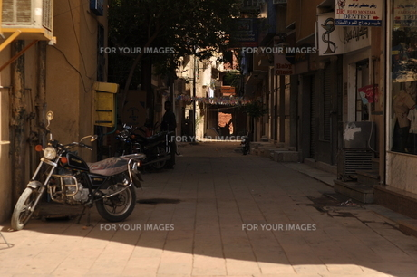 市場の裏路地の写真素材 [FYI00152408]