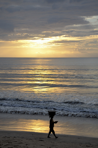 バリ島の夕日の写真素材 [FYI00152679]