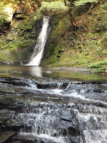 琵琶滝の写真素材 [FYI00152958]