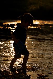 川遊びの写真素材 [FYI00153130]