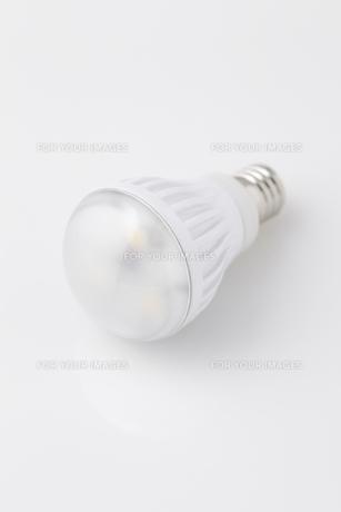 電球の写真素材 [FYI00153333]