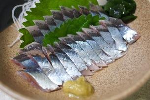 秋刀魚の刺し身の写真素材 [FYI00153982]