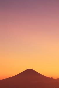 夕焼け富士の写真素材 [FYI00154153]
