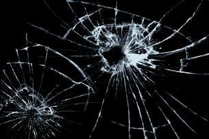 割れたガラスの写真素材 [FYI00154259]