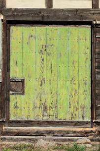 小屋の戸板の写真素材 [FYI00154988]