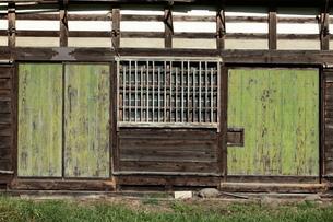 小屋の戸板の写真素材 [FYI00154989]