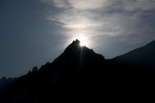 ドリュ針峰夜明け前の写真素材 [FYI00156318]