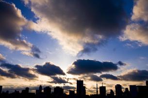 東京の夕日の写真素材 [FYI00163730]
