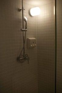 シャワールームの写真素材 [FYI00163736]