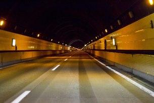 トンネルの中の写真素材 [FYI00163757]