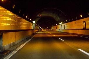 トンネルの中の写真素材 [FYI00163767]