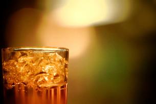 ウィスキーグラスの写真素材 [FYI00164391]