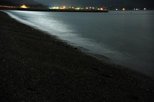 月明かりの海の写真素材 [FYI00164587]