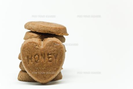 ハートのクッキーの写真素材 [FYI00164612]